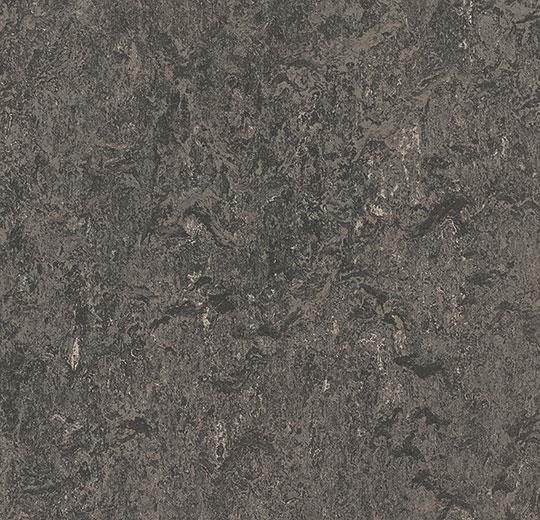304835 graphite