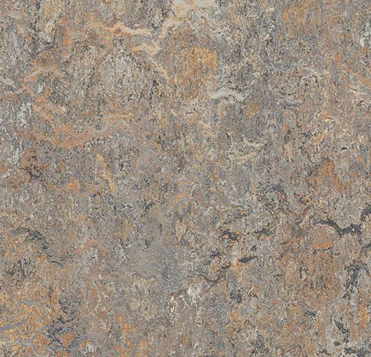 mermer desenli doğal zemin döşeme