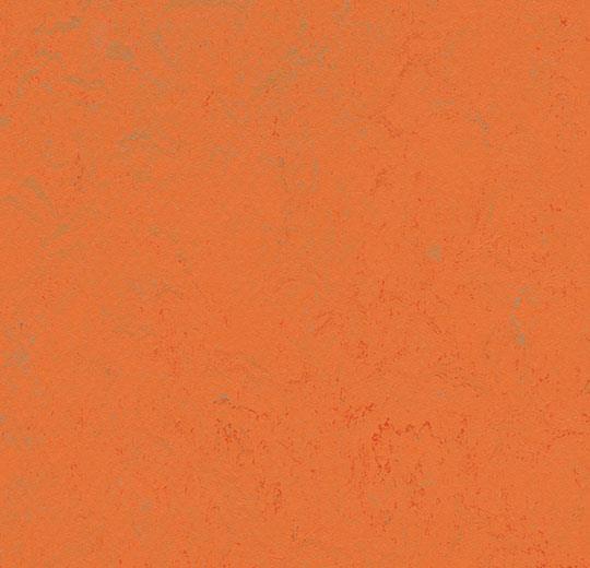 373835 orange glow