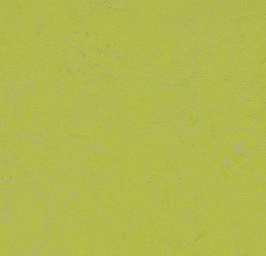374235 green glow