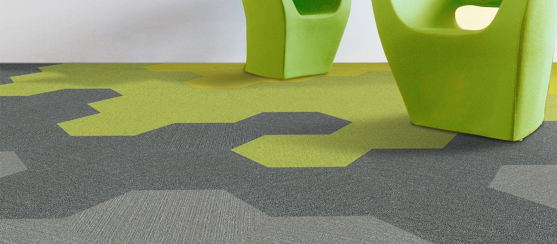 gri ve yeşil karo halı anıl zemin