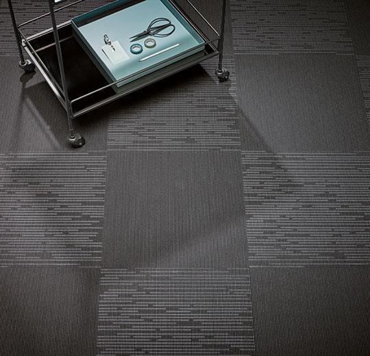 Flotex Linear integrity karo halı uygulama görseli 7