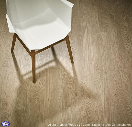 Allura Dryback Wood Ahşap desenli LVT zemin kaplama 60064DR7-60064DR5 whitewash elegant oak1