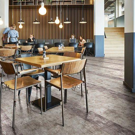 beton desenli karo halı