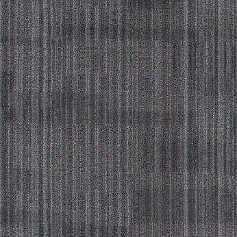koyu gri lineer desenli çizgili karo halı