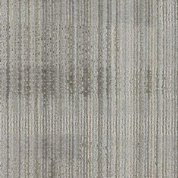 gri - siyah desenli çizgili karo halı