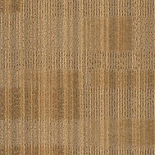 bej desenli çizgili karo halı