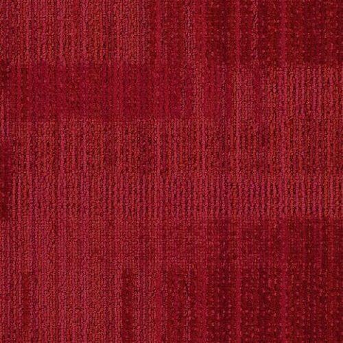 kırmızı desenli çizgili karo halı
