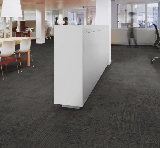 AZM Highland polyamid 50x50 Ofis Karo Halı 1