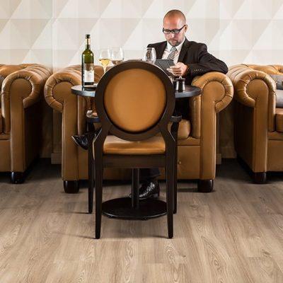 Restaurant_Columbian-Oak_636M-1